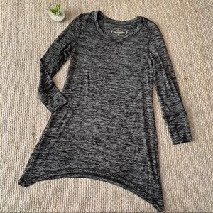 Soma Gray Marled Luxuriously Soft Tunic Top